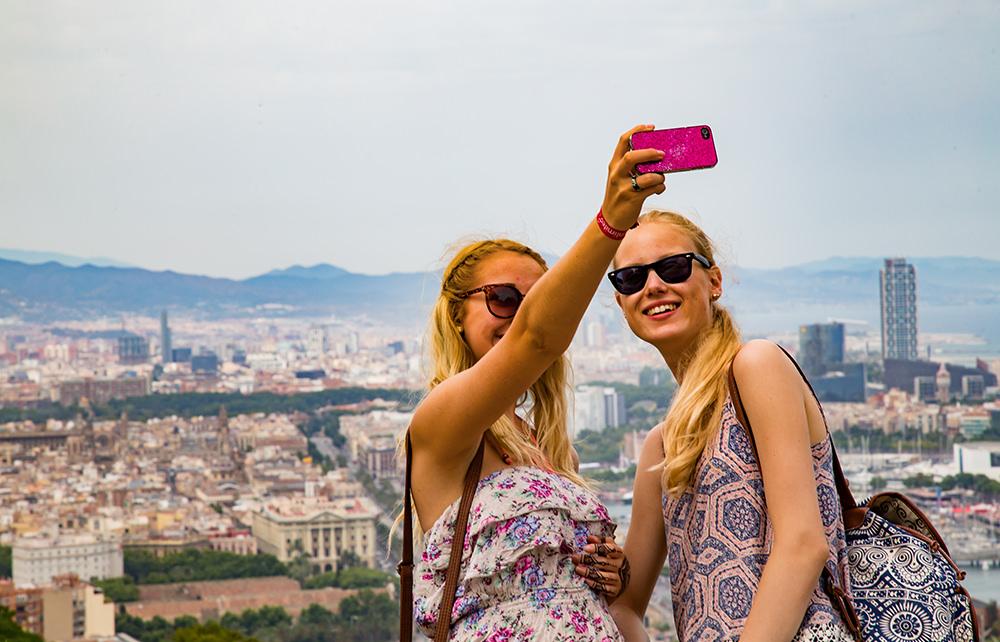 Barcelona Ausflug - Selfie Stadtbild
