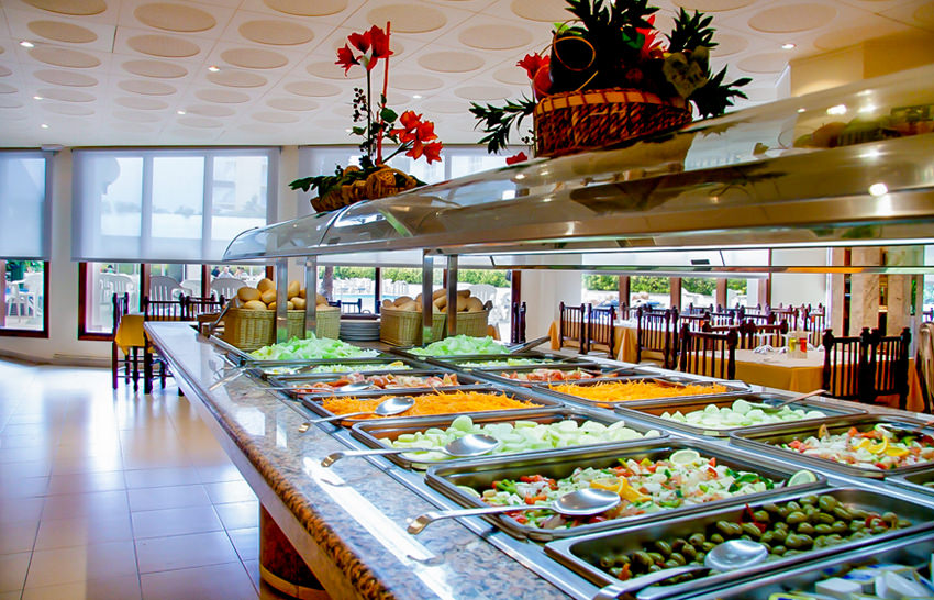 Hotel Garbi Park - Lloret de Mar - Buffet / Essen