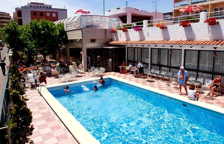 Hotel - Maria del Mar - Lloret de Mar - Pool