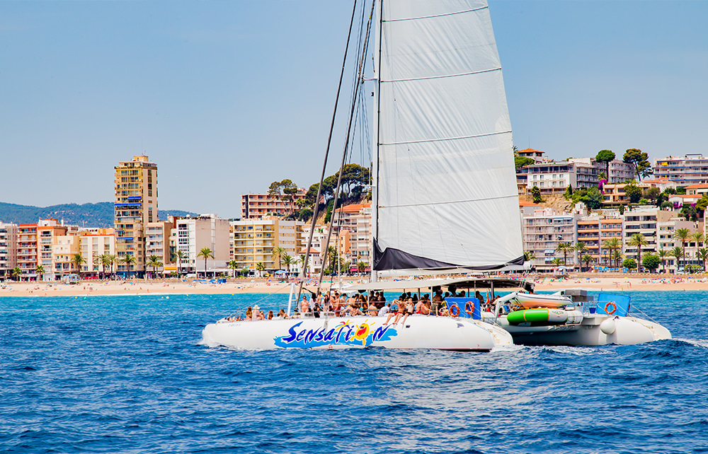 Katamran Cruise - Ausflug - Boot Lloret de Mar